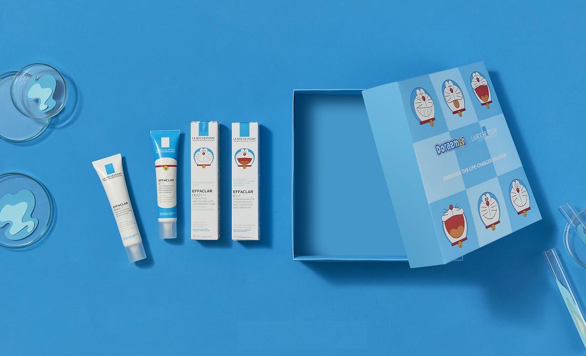 Bộ kem dưỡng giảm mụn thông thoáng lỗ chân lông, ngừa thâm La Roche-Posay Effaclar Duo+ 40 ml phiên bản giới hạn Doraemon và gel rửa mặt dành cho da dầu, mụn Effaclar gel 50 ml có giá giảm đến 23% còn 329.000 đồng, kèm phần quà đến 250.000 đồng. Ảnh: Lazada Việt Nam.