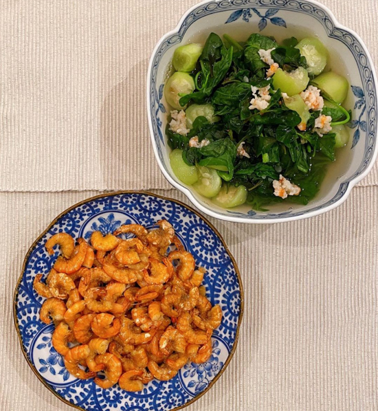 Bữa cơm của nhà trồng được của Tăng Thanh Hà  - 2