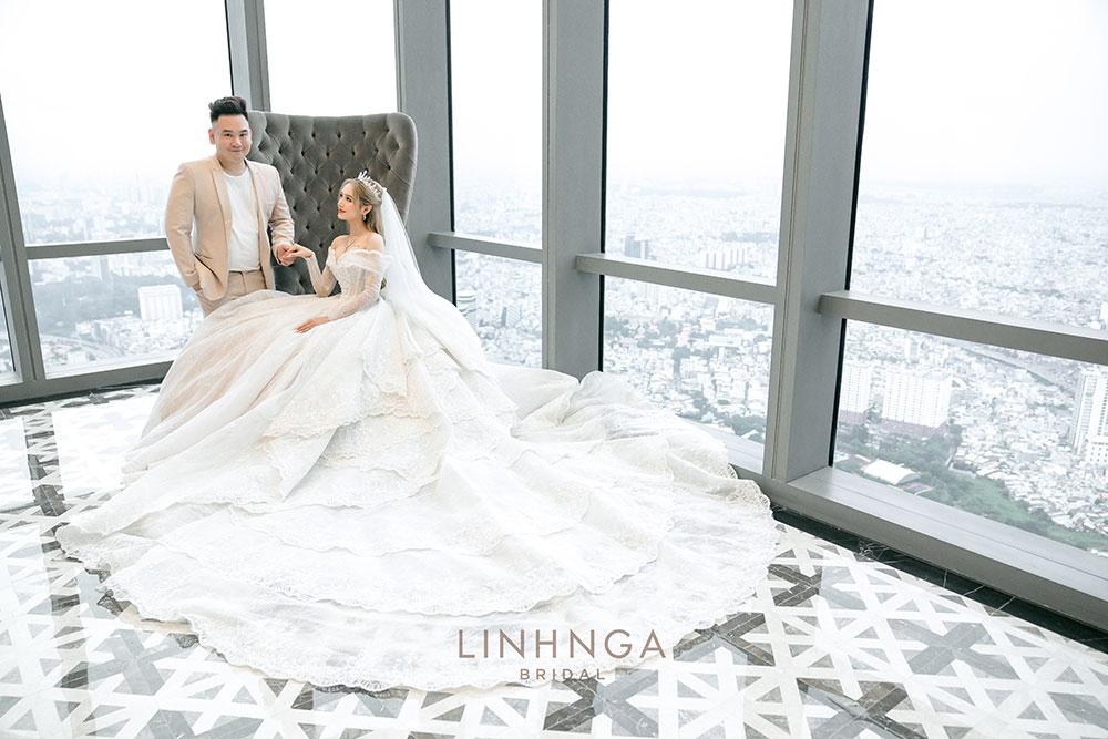 8 bộ váy cưới của bà xã streamer giàu nhất Việt Nam - 10