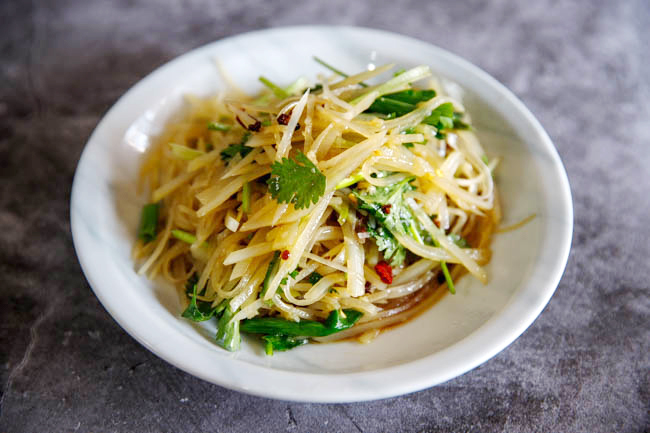 Salad khoai tây kiểu Trung Quốc