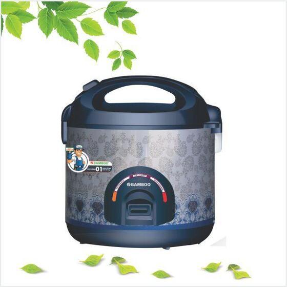 Nồi cơm điện Bamboo BBC1.8-004 giảm 490.000đ (-42%)Loại nồi: Nồi cơm nắp gài- Dung tích nồi: 1.8 lít- Số người ăn: 4-6 người- Chất liệu lòng nồi: Hợp kim nhôm tráng men chống dính- Số mâm nhiệt: 1 mâm nhiệt- Chức năng nấu: Hâm nóng- Bảo hành 12 tháng  Giới thiệu sản phẩm Nồi cơm điện Bamboo 1.8 lít - BBC1.8-004  NỒI CƠM NẮP GÀI  1.8 lít  LÒNG NỒI HỢP KIM NHÔM TRÁNG MEN CHỐNG DÍNH  Lòng nồi cơm điện bằng hợp kim nhôm chống dính bền, tiện vệ sinh.  Nồi nắp gài 1 mâm nhiệt, nấu chín cơm chỉ trong vòng 25 phút, tiết kiệm thời gian.  Dung tích 1.8 lít thích hợp cho 4 - 6 người ăn.  Thiết kế đẹp mắt, hiện đại  Nồi cơm nắp gài Bamboo BBC1.8-004 có màu xám trắng trang nhã, tinh tế, thích hợp với mọi không gian bếp.  Lòng nồi bằng hợp kim nhôm tráng men chống dính bền, đẹp, dễ vệ sinh  Lớp chống dính giúp cơm chín tơi ngon, không dính vào đáy nồi  Van thoát hơi chống trào hiệu quả  Van có khả năng kiểm soát quá trình thoát hơi nước, giữ lại nhiều dưỡng chất có trong gạo, thiết kế tháo rời, dễ làm sạch.  Nồi cơm nắp gài Bamboo BBC1.8-004  có thiết kế sang trọng, chất lượng vượt trội, thương hiệu uy tín, là sự lựa chọn hoàn hảo cho gia đình bạn.