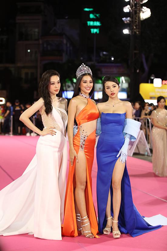 Top 3 Hoa hậu Việt Nam 2018 bao gồm Tiểu Vy, Phương Nga và Thuý An.