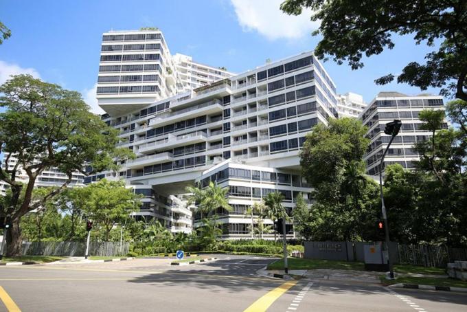 Khu bất động sản cao cấp The Interlace ở Singapore, nơi đại gia Xu mua tặng người tình Wang một căn hộ trị giá 3 triệu USD. Ảnh: The Straits Times.