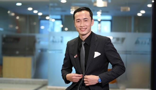 Cựu tuyển thủ Đặng Phương Nam sẽ là đội trưởng của đội khách mời.