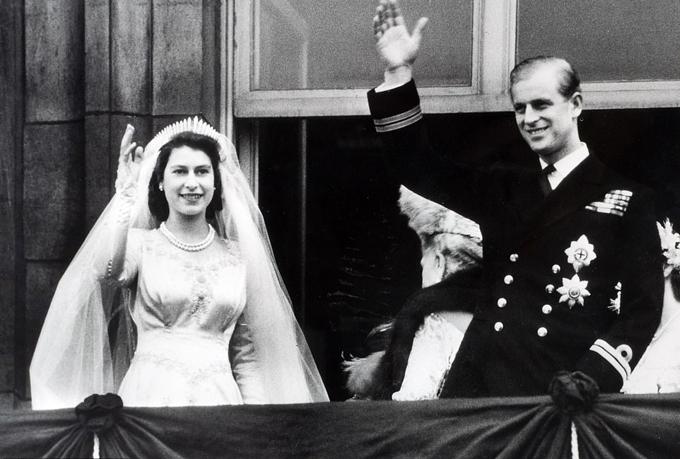 Nữ hoàng Elizabeth II, khi đó còn là Công chúa, trong hôn lễ năm 1941. Ảnh: Popperfoto.