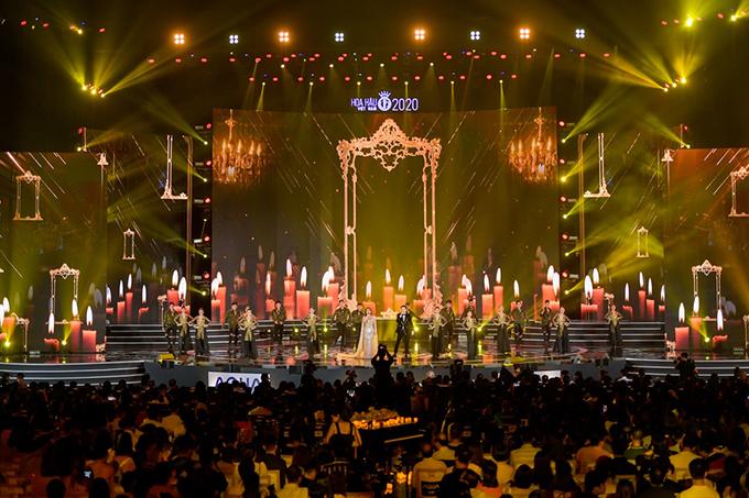 Sân khấu chung kết Hoa hậu Việt Nam 2020.