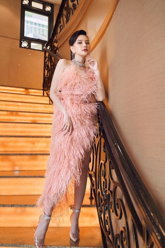 Sang tháng 12, Thu Thủy sẽ trở lại âm nhạc với nhiều dự án, chương trình phù hợp. Ngoài ra, cô còn tất bật với công việc kinh doanh một thương hiệu mỹ phẩm.