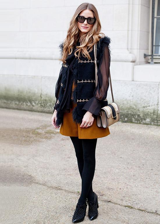 Trong mùa lạnh, chất liệu phù hợp dành cho quần short là da, tweed, dạ cũng như các loại vải dày dặn.