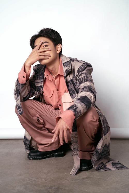 Bộ ảnh tận dụng sở trường khiêu vũ và khoe trọn những cá tính đặc trưng của nam vũ công.