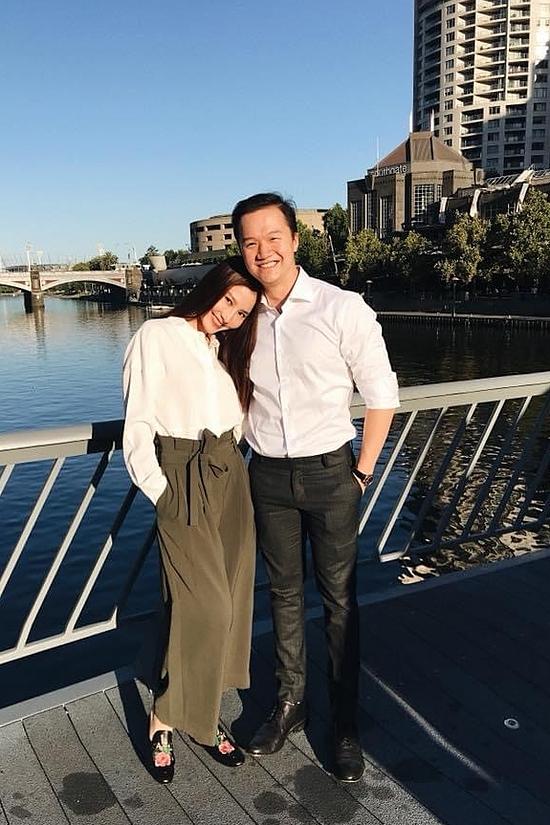 Đến tháng 3/2018, Diễm My mới chính thức khoe một nửa với công chúng. Suốt chặng đường yêu nhau bí mật đó, Vinh Nguyễn thường bay về Việt Nam và cùng Diễm My khám phá nhiều thắng cảnh trong nước. Ngược lại, nữ diễn viên Gái già lắm chiêu cũng sang Australia thăm bạn trai. Tuy nhiên, cả hai có một thời gian ngắn rạn nứt tình cảm và đến đầu năm 2019 tái hợp. Từ đó đến nay, họ gắn bó và chia sẻ nhiều ngọt ngào lẫn khó khăn trong cuộc sống.