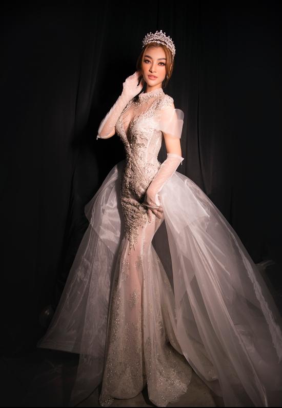 Thời gian qua, Kiều Loan nỗ lực hoạt động vai trò người mẫu, ca sĩ, huấn luyện viên. Cô cũng được báo Ngoisao.net đề cử top 5 giải thưởng Mỹ nhân của năm 2020.