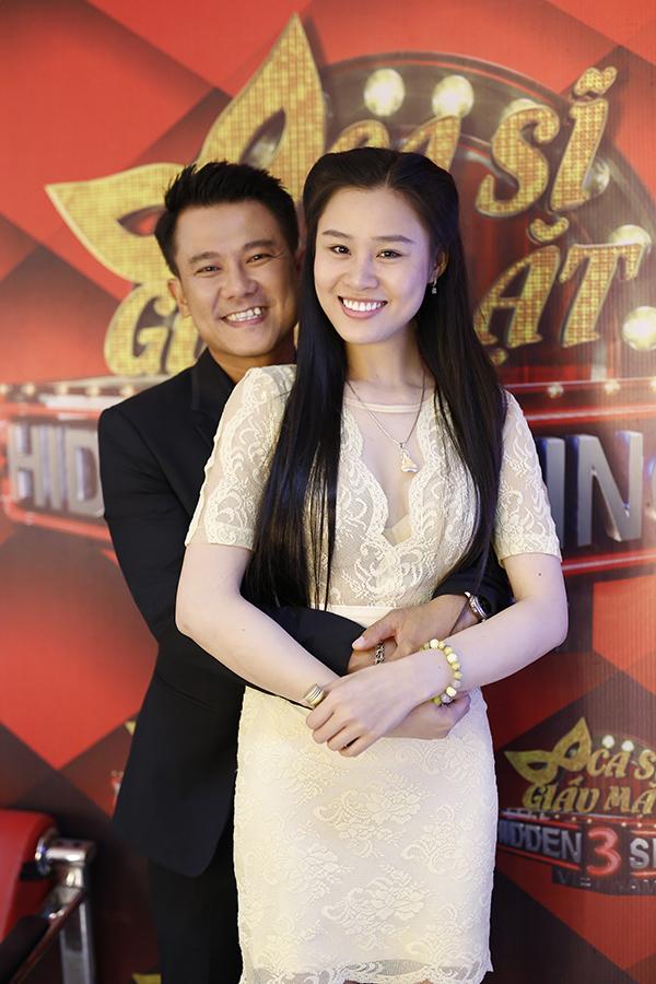 Vân Quang Long lần đầu đưa bà xã Linh Lan đi sự kiện hồi tháng 9/2017.