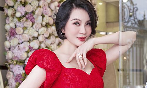 MC Thanh Mai cắt tóc ngắn - Ngôi sao